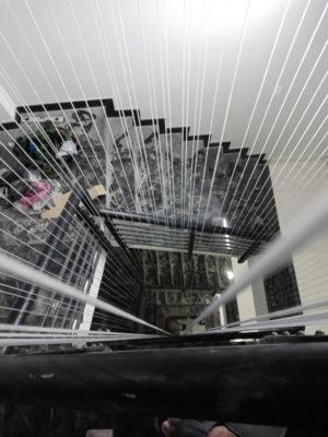 lắp đặt lưới an toàn cầu thang